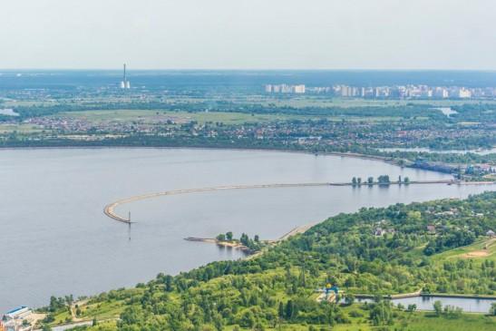 Полет на вертолете над Киевским морем и Межигорьем