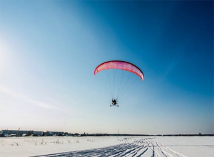 полет на параплане зимой